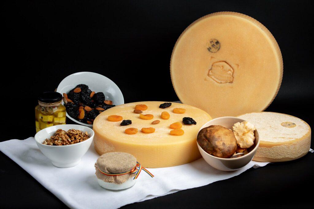 Branza Raclette - Din dragoste pentru Gustul unic al brănzeturilor de altă dată